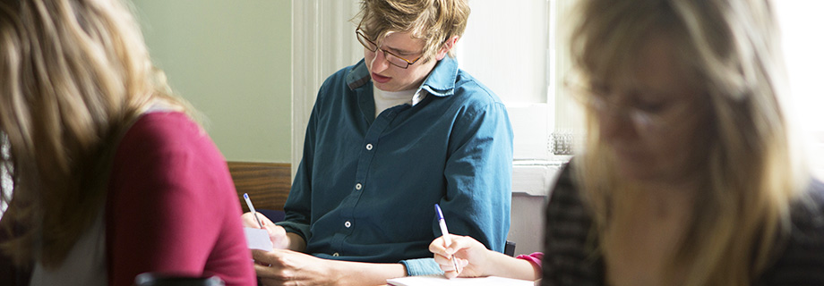 english literature and creative writing courses In the first year of our english with creative writing course this module is open to literature and english literature with creative writing students.