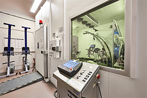 Envinronmental chamber in physiology lab