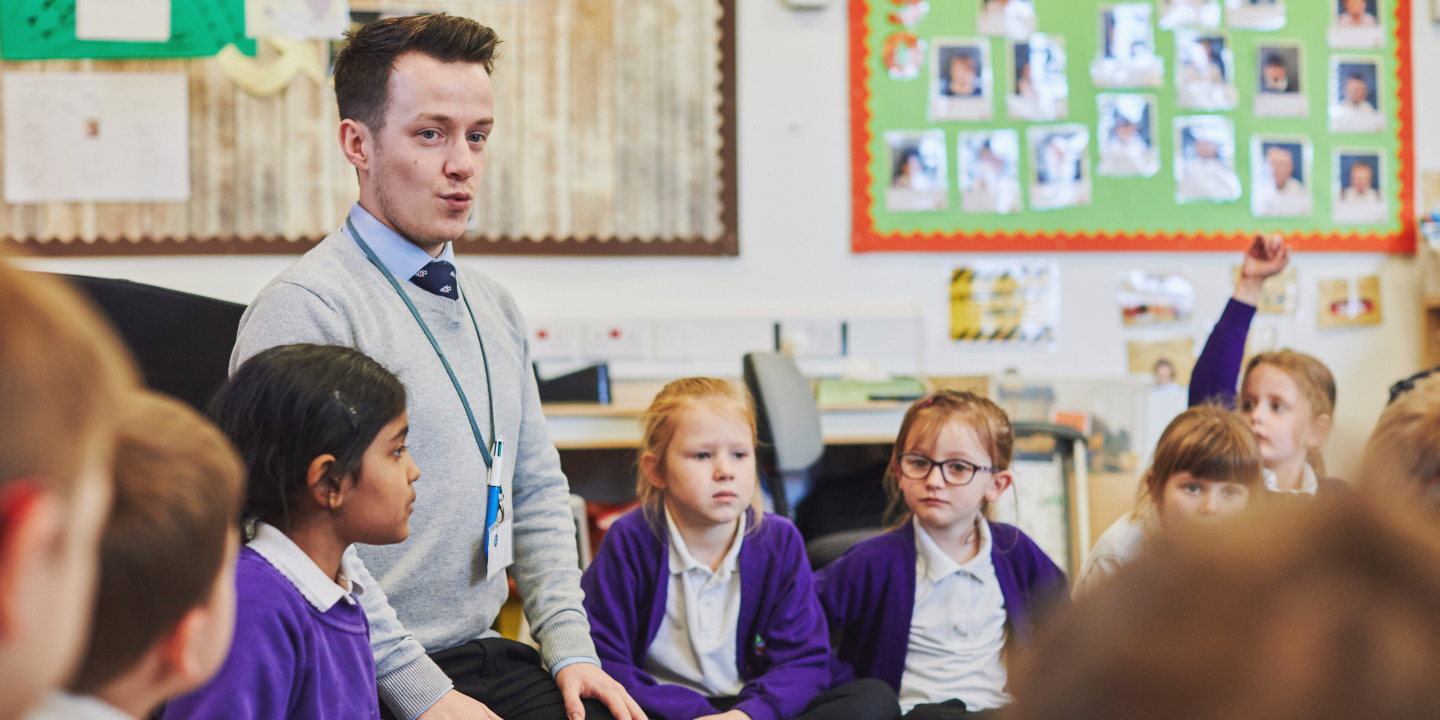 PGCE Primary student on placement in a primary school